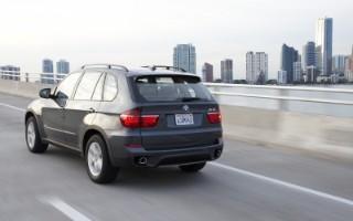 THE 2011 BMW X5