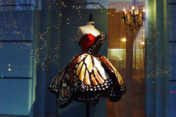 butterfly-dress-1520606-1278x852