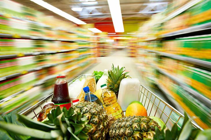 grocery-shopping-mundane-everyday-life